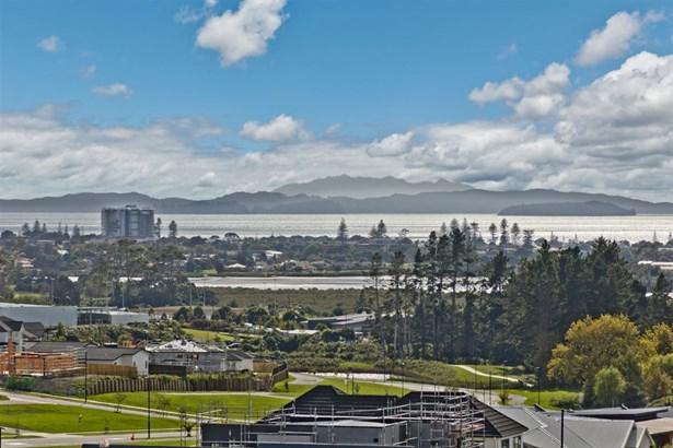 13 Ormonde Drive, Silverdale, Auckland - NZL (photo 3)