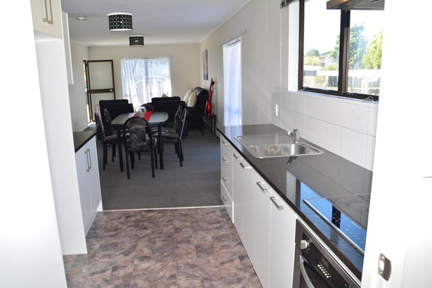 2/70 Palmers Road, Clendon, Auckland - NZL (photo 4)