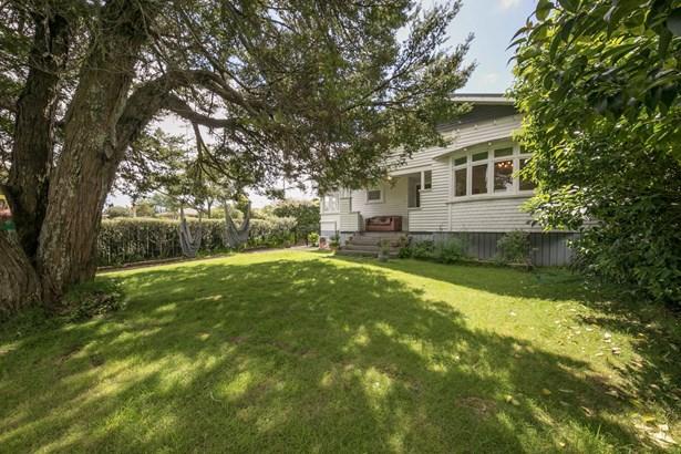 42 Chalmers Street, Avondale, Auckland - NZL (photo 1)