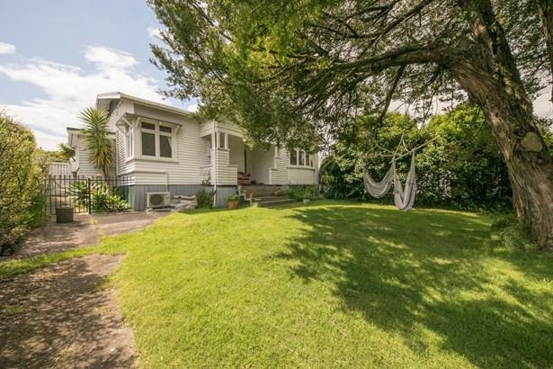 42 Chalmers Street, Avondale, Auckland - NZL (photo 3)