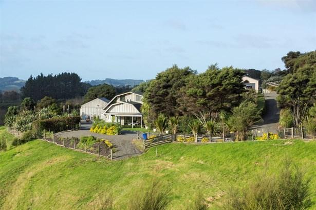 254 Rimmer Road, Helensville, Auckland - NZL (photo 1)