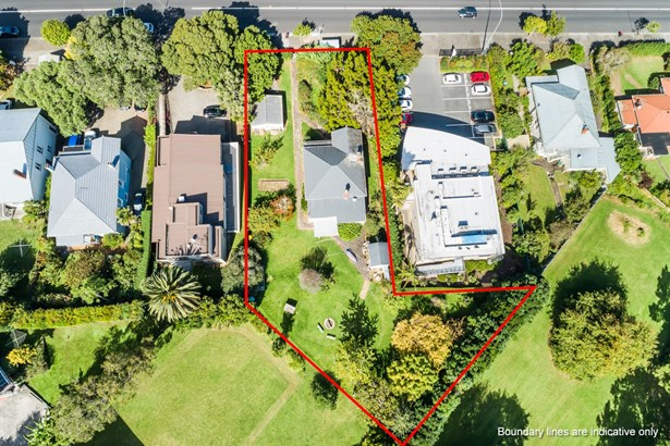 13 Green Lane East, Remuera, Auckland - NZL (photo 2)