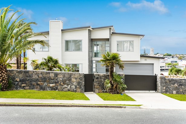 19 Rangitoto Terrace, Milford, Auckland - NZL (photo 1)