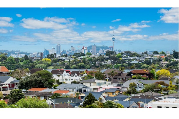 19 Rangitoto Terrace, Milford, Auckland - NZL (photo 5)