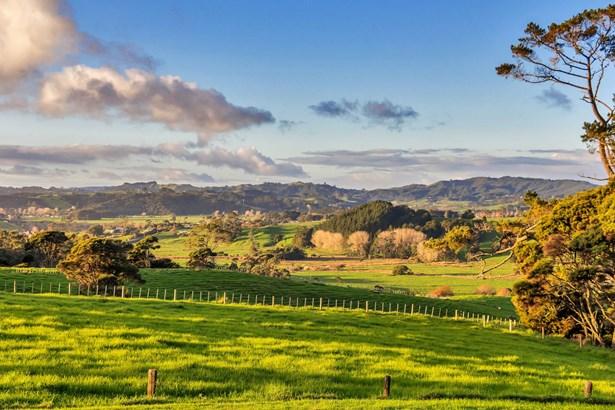 89 Sheffield Road, Helensville, Auckland - NZL (photo 1)