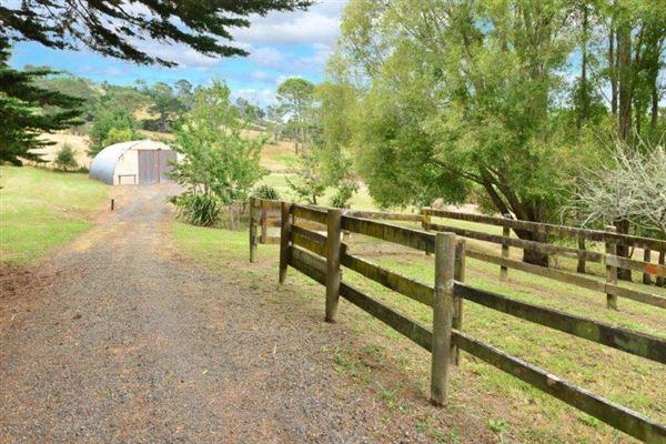 411 Pine Valley Road, Dairy Flat, Auckland - NZL (photo 2)