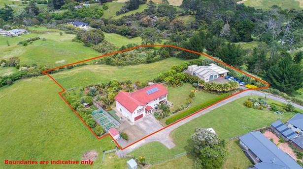 32 Red Hills Road, Massey, Auckland - NZL (photo 2)