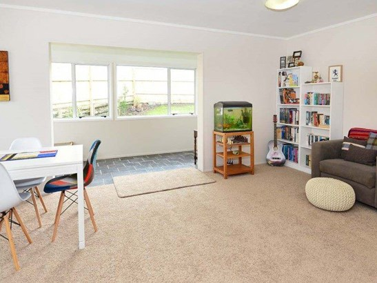 59 Vipond Road, Stanmore Bay, Auckland - NZL (photo 3)