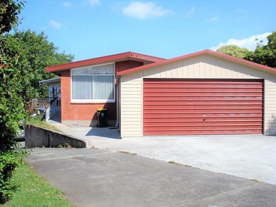 46 Udys Road, Pakuranga, Auckland - NZL (photo 2)