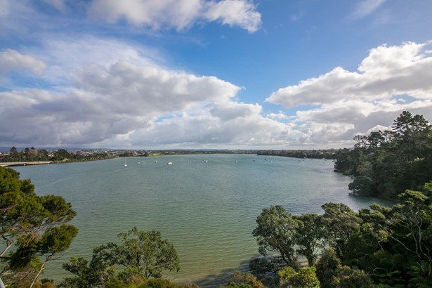 11 Austin Road, Greenhithe, Auckland - NZL (photo 1)