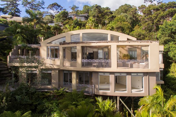 11 Austin Road, Greenhithe, Auckland - NZL (photo 2)