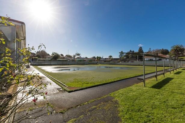 16 Hillsborough Road, Hillsborough, Auckland - NZL (photo 1)