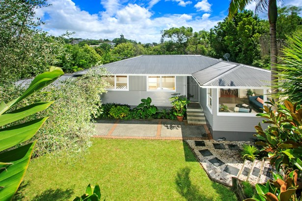 28 Weatherly Road, Torbay, Auckland - NZL (photo 1)