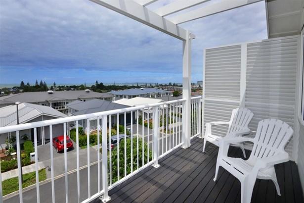 19 Landmark Terrace, Orewa, Auckland - NZL (photo 5)