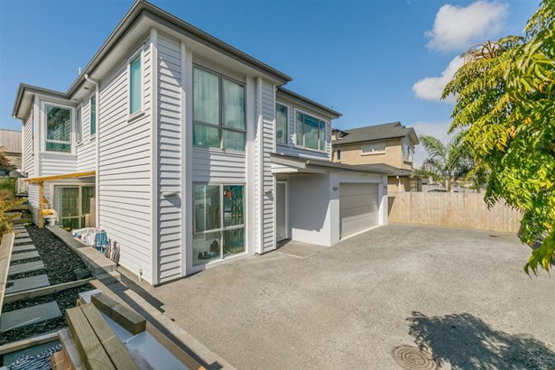12 Ballyboe Place, Pinehill, Auckland - NZL (photo 4)
