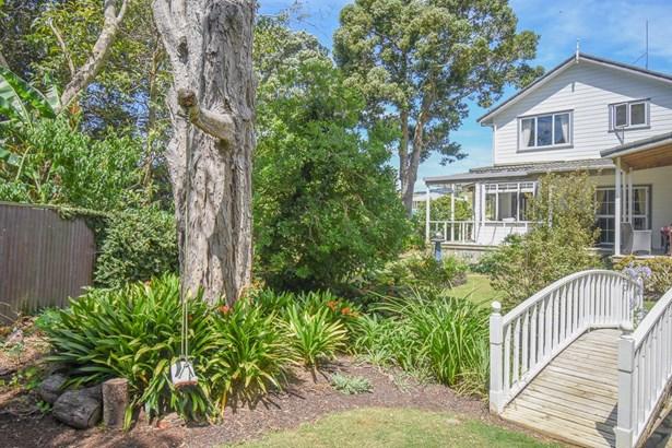 1431 Clevedon-kawakawa Road, Kawakawa Bay, Auckland - NZL (photo 2)