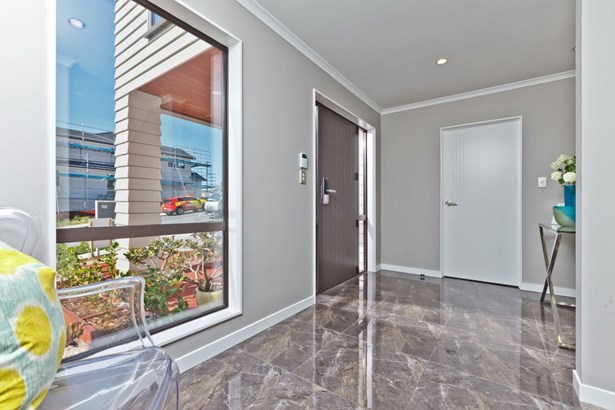 63 Cilliers Drive, Silverdale, Auckland - NZL (photo 2)