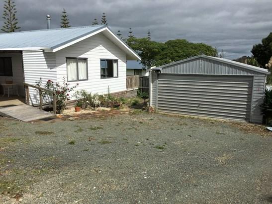 4 Thelma Road South, Mangawhai Heads, Northland - NZL (photo 2)
