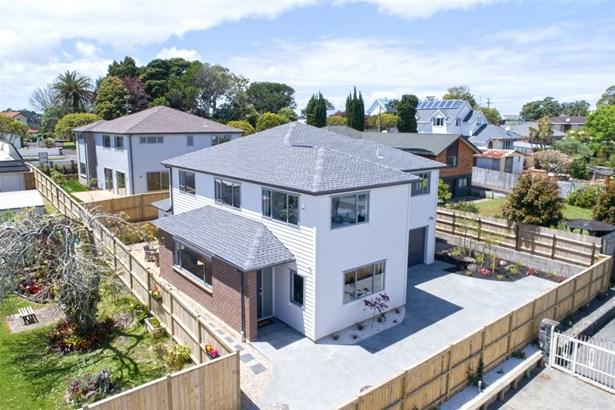 38 Connaught Street, Blockhouse Bay, Auckland - NZL (photo 3)