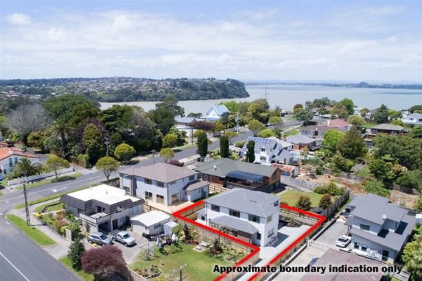 38 Connaught Street, Blockhouse Bay, Auckland - NZL (photo 4)