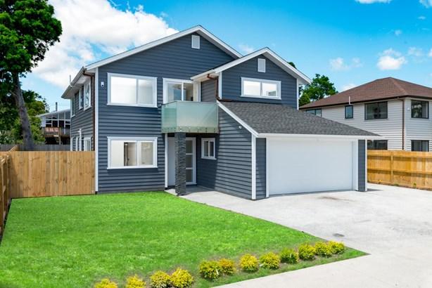 8 Ti Kouka Place, Te Atatu Peninsula, Auckland - NZL (photo 1)