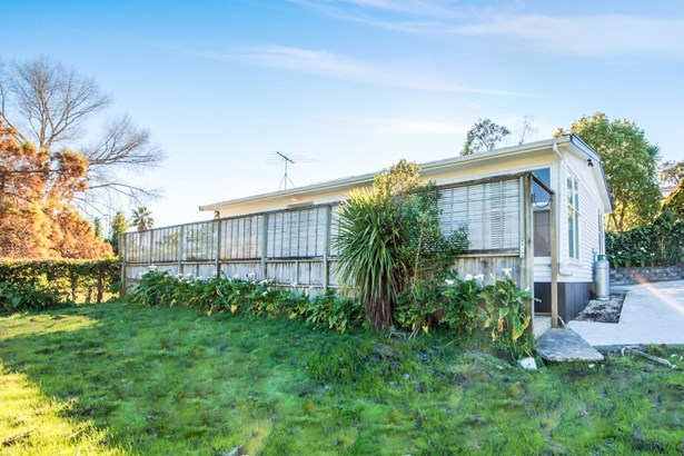 25 Marsh Avenue, Forrest Hill, Auckland - NZL (photo 1)