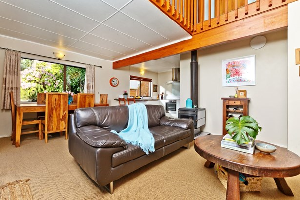 251 Sunset Road, Sunnynook, Auckland - NZL (photo 3)