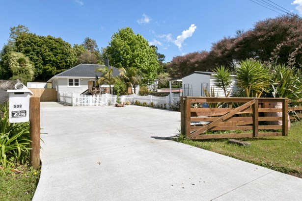 502 West Coast Road, Oratia, Auckland - NZL (photo 1)