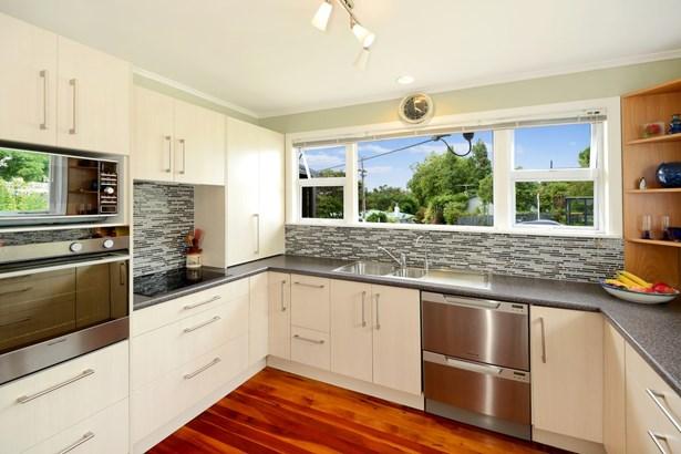 26 Kaipatiki Road, Glenfield, Auckland - NZL (photo 5)