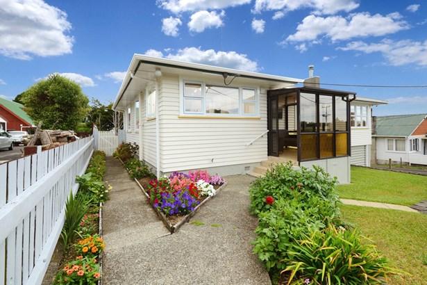 26 Kaipatiki Road, Glenfield, Auckland - NZL (photo 3)