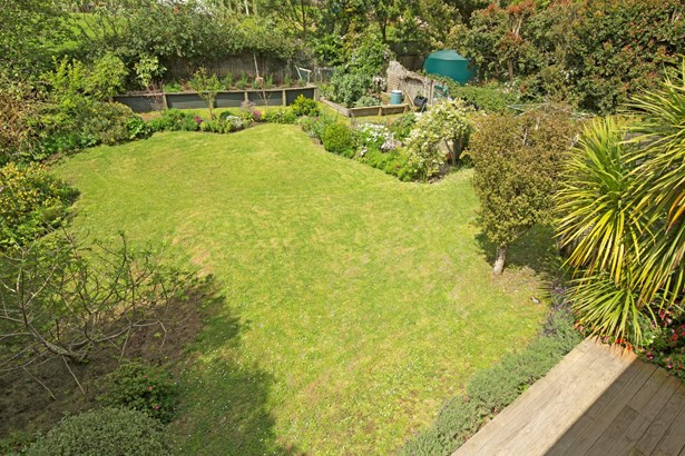 27 Dobell Road, Stanmore Bay, Auckland - NZL (photo 4)