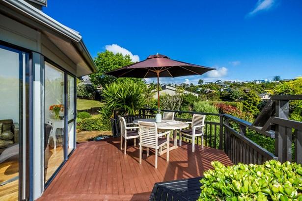 10 Bellbird Rise, Murrays Bay, Auckland - NZL (photo 5)