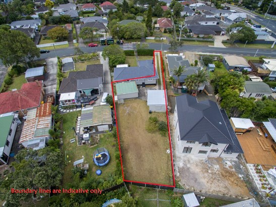 69a Neil Avenue, Te Atatu Peninsula, Auckland - NZL (photo 1)