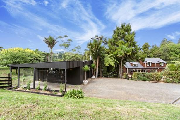 137 Caton Road, Waitakere, Auckland - NZL (photo 2)