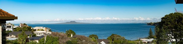 2/26 Orchard Road, Browns Bay, Auckland - NZL (photo 1)