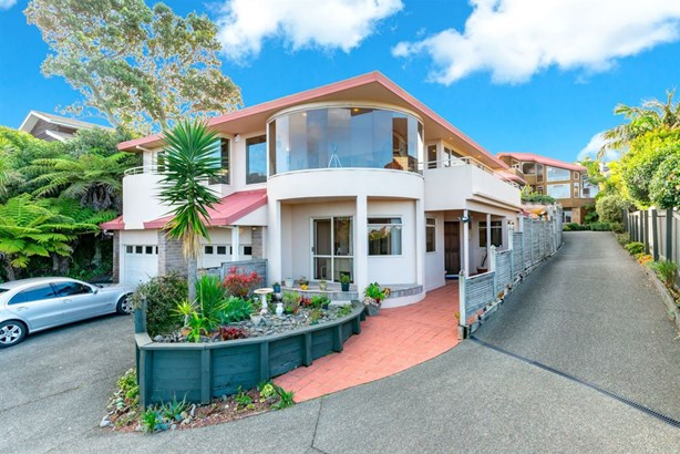 2/26 Orchard Road, Browns Bay, Auckland - NZL (photo 4)