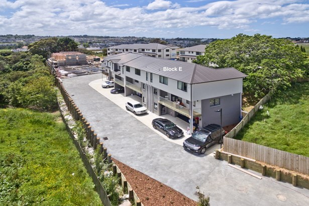 31/138 Mcclymonts Road, Pinehill, Auckland - NZL (photo 1)