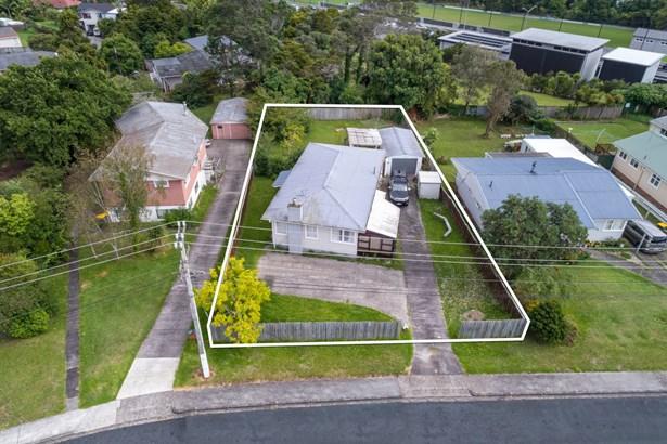 6 Milich Terrace, Te Atatu South, Auckland - NZL (photo 2)