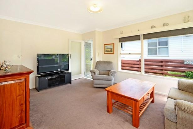 1/33 Knightsbridge Drive, Forrest Hill, Auckland - NZL (photo 4)