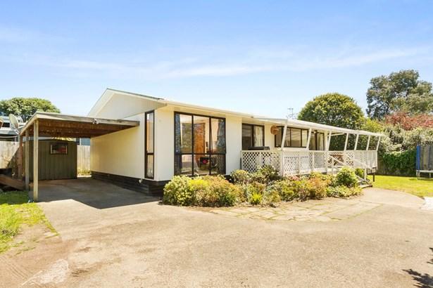 1/3175 Great North Road, New Lynn, Auckland - NZL (photo 2)
