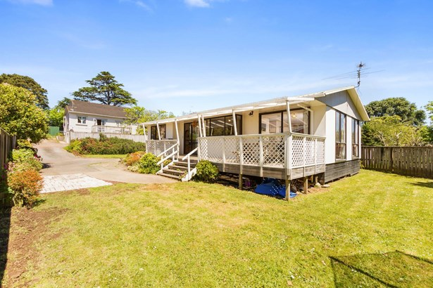 1/3175 Great North Road, New Lynn, Auckland - NZL (photo 3)