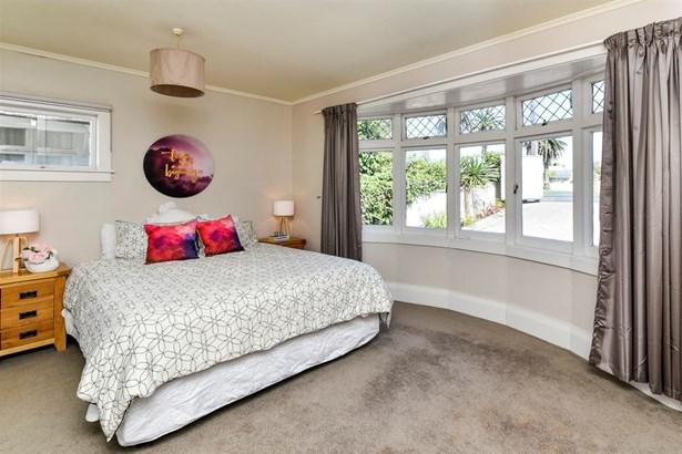72 Bayswater Avenue, Bayswater, Auckland - NZL (photo 2)