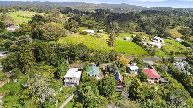 124 Candia Road, Henderson Valley, Auckland - NZL (photo 5)