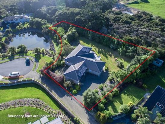 13 Kerema Way, Schnapper Rock, Auckland - NZL (photo 2)