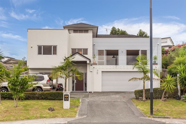 18 Hilton Close, Fairview Heights, Auckland - NZL (photo 2)