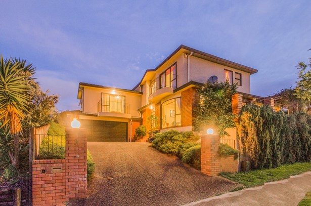 8 Mons Avenue, Mt Roskill, Auckland - NZL (photo 1)