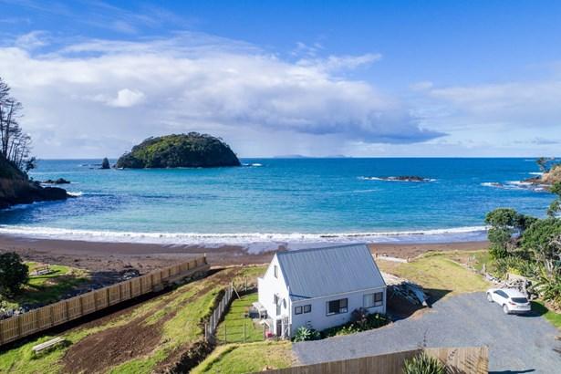 564 Rockell Road, Whananaki, Northland - NZL (photo 2)