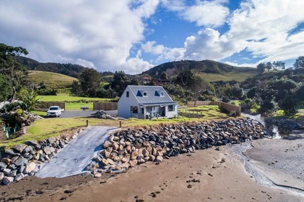 564 Rockell Road, Whananaki, Northland - NZL (photo 3)