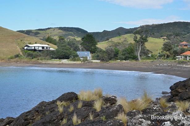 564 Rockell Road, Whananaki, Northland - NZL (photo 4)