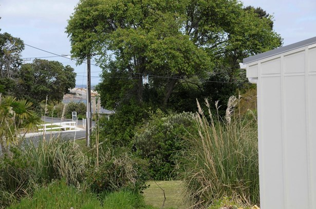 9 Pearl Street, Mangawhai Heads, Northland - NZL (photo 4)